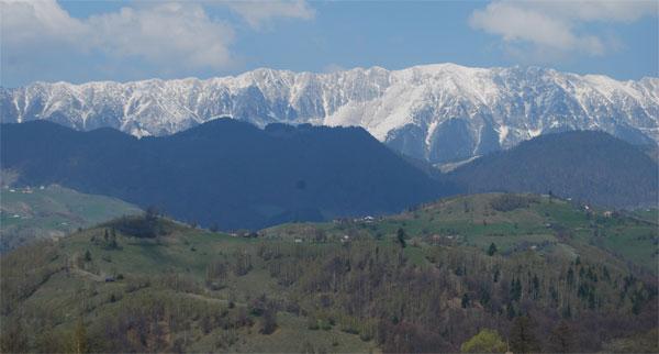 munte-panorama