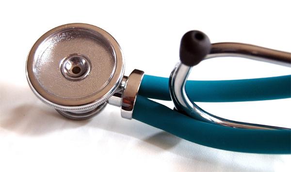 medic-doctor-stetoscop