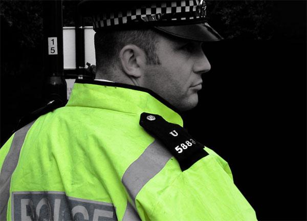 politist-ancheta