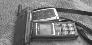 telefoane-telecomunicatii-alb-negru