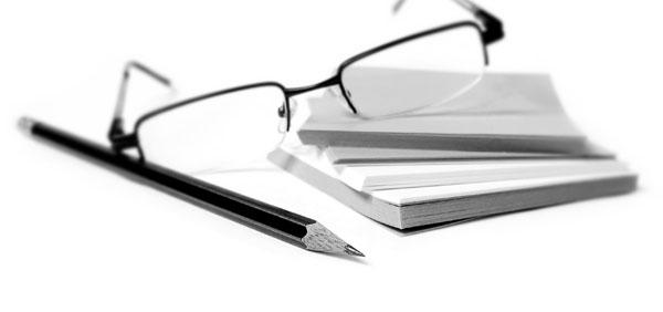lucru-ochelari-creion
