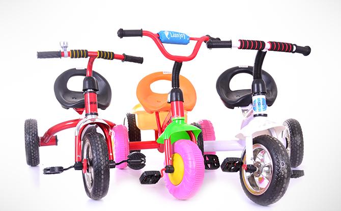Cumpara o tricicleta pentru copilul tau din peste 600 variante pe ShopAlert