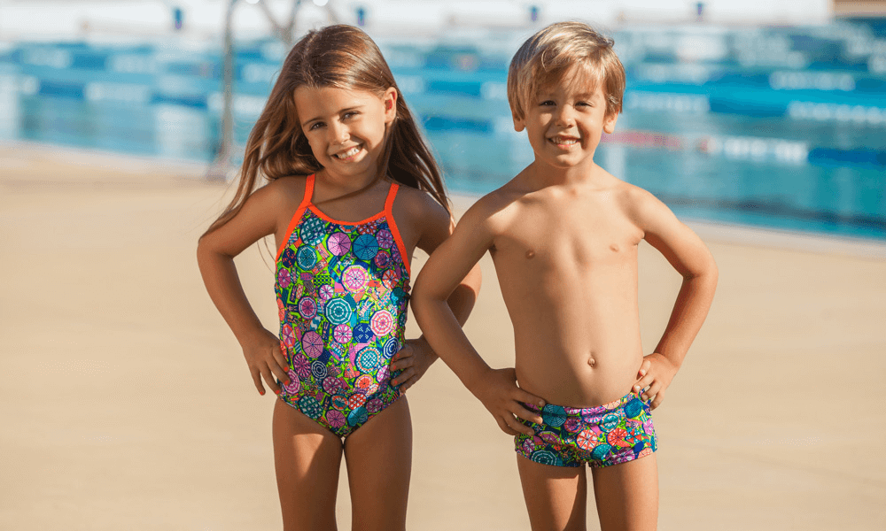 Sute de costume de baie pentru copii pe ShopAlert