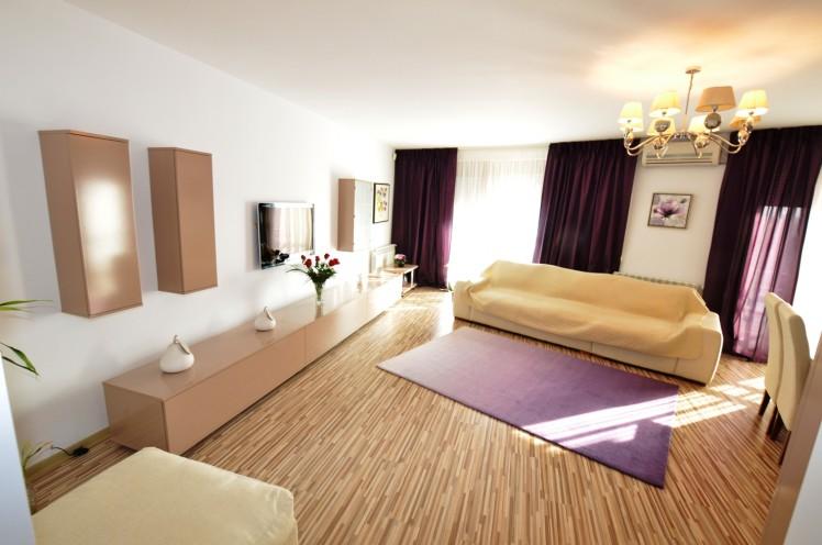 Exemplu de apartament de vanzare, cu 3 camere, situat in zona Iancu Nicolae din Bucuresti, cu suprafata de 135mp, promovat pe site-ul agentiei imobiliare Regatta
